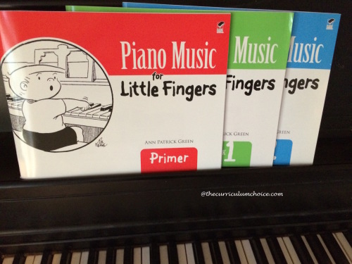 Dover Publications Piano Music for Little Fingers