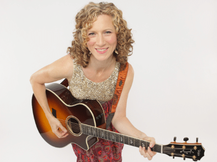 Laurie_Berkner_solo_photo_credit_Jayme_Thornton_72dpi