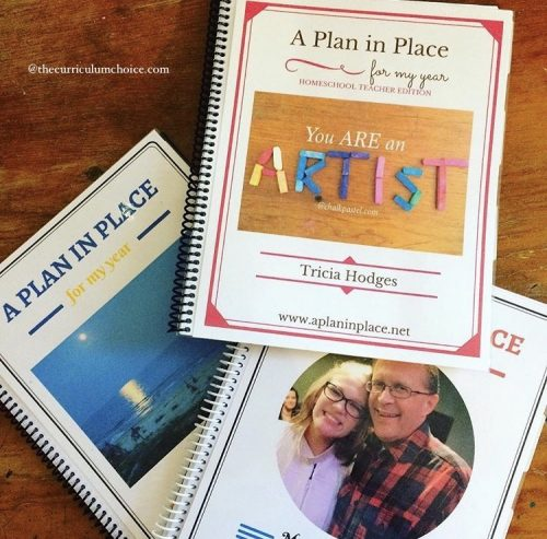 How awesome are these custom homeschool planner covers?